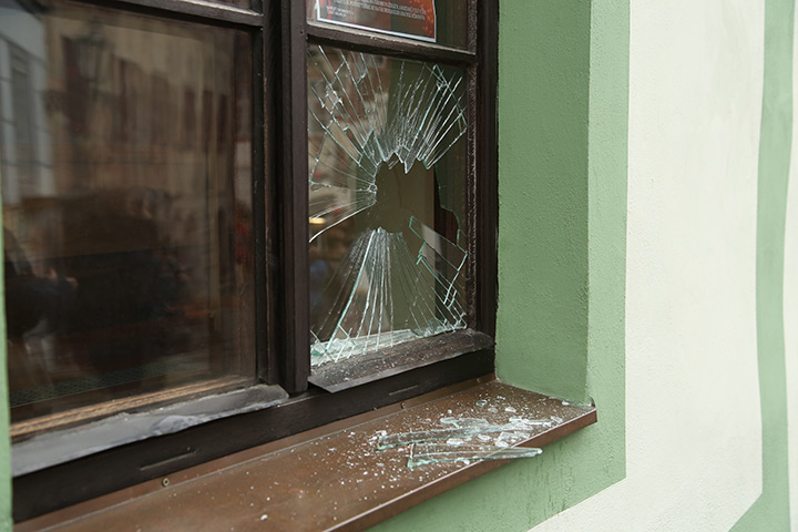A2B Glass are able to board up broken windows while they are being repaired in East Barnet.